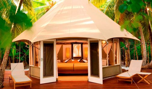 OK I think this is gonna be the most expensive gl&ing yet.Males the law of Ma Yung Chong (Banyan Tree Males Maaru) & Banyan Tree Males Maaru | Glamping Camping Vintage ...