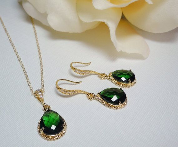 Emerald earrings and necklace set Czech glass Gold and emerald