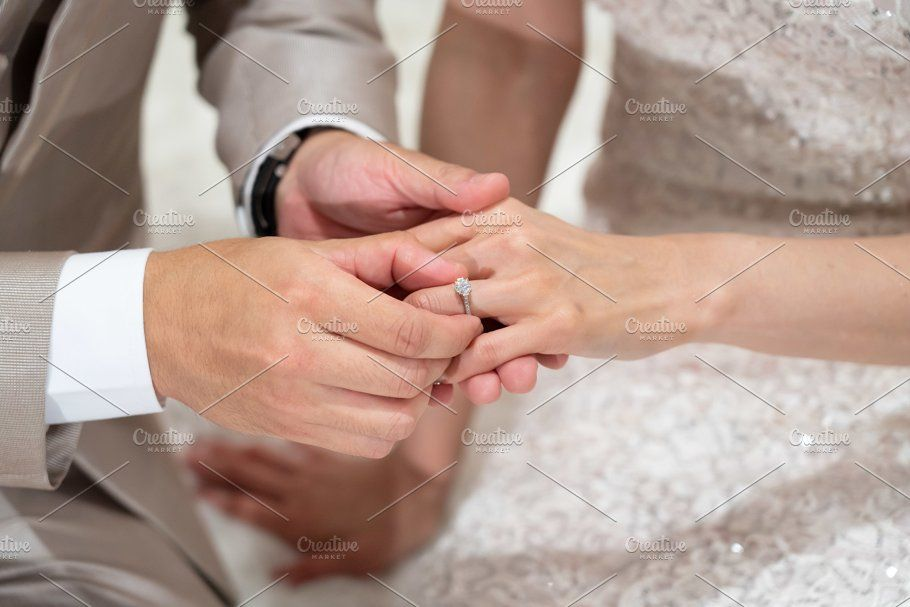Put A Wedding Ring In Bride Finger
