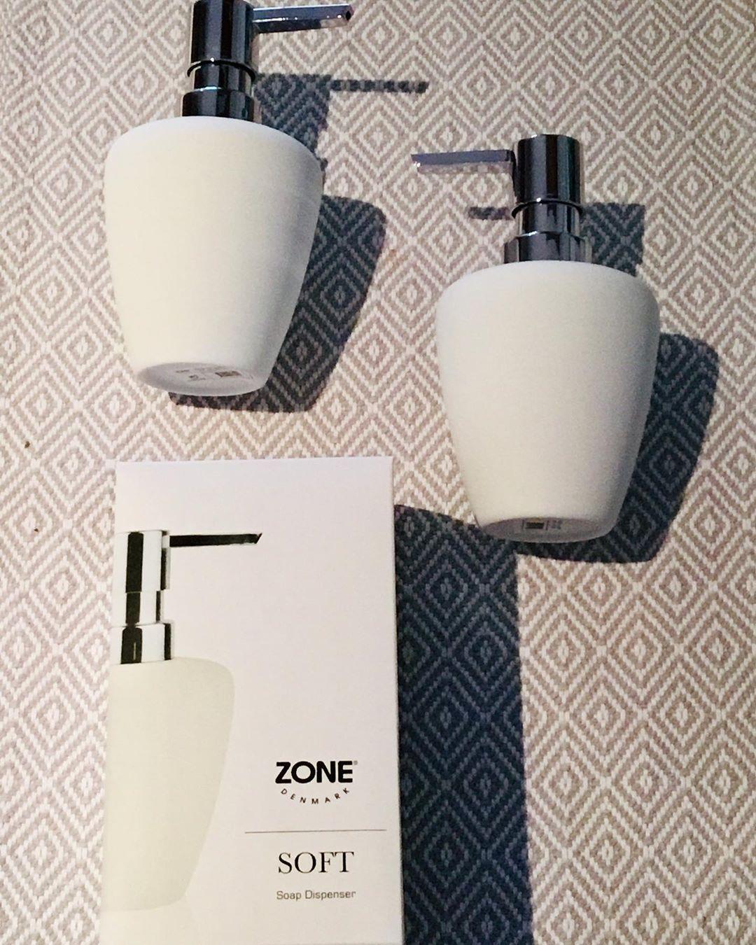Willkommen Zuhause Bzw Im Bad Welcome Home New Addition To The Bathroom Zonedenmark Soapdispenser Scandihome Scandibathroom Scandinaviandesign