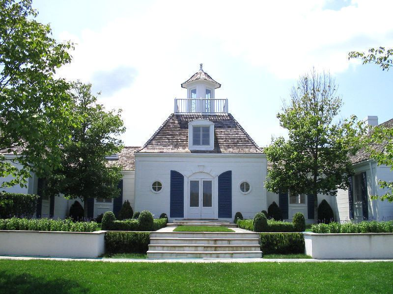 Streeteasy East Hampton French Country On Pond House Sale In