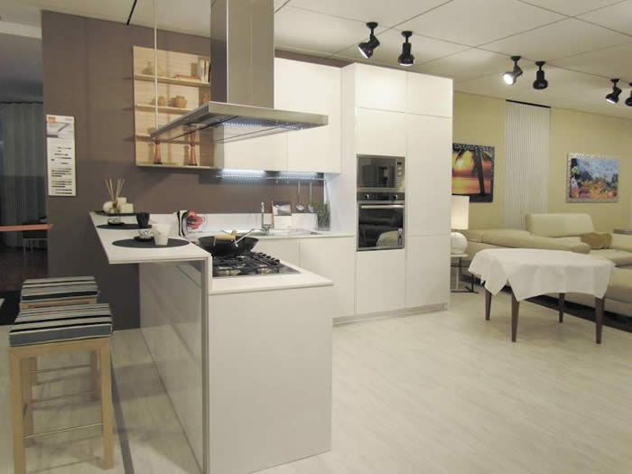 Moderne Open Keukens : Moderne half open keuken huis inspiratie in kitchen