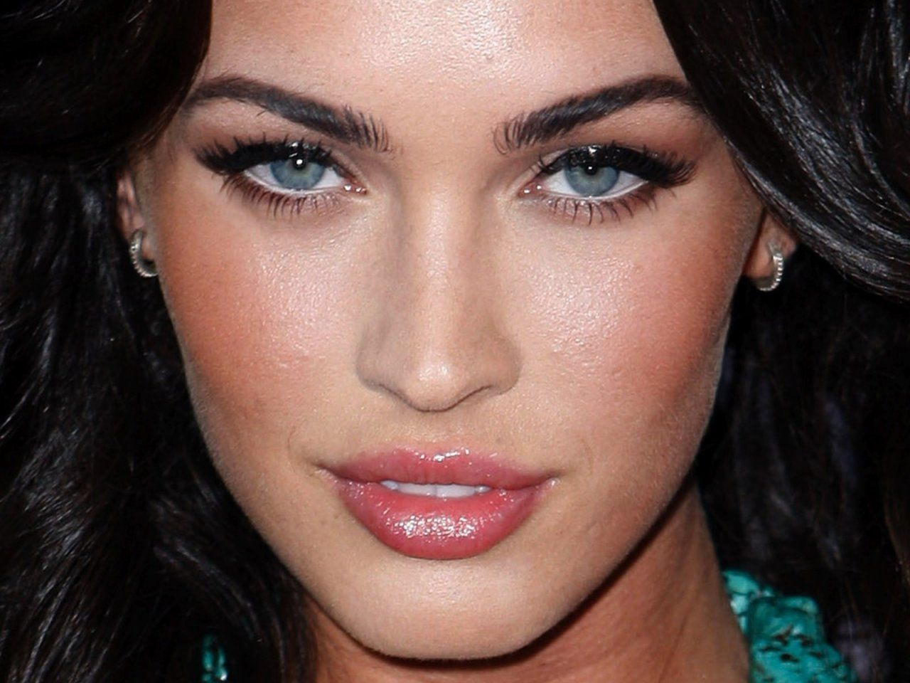 Megan Fox Bing Images I Love Her Face Dark Hair And Blue Eyes With