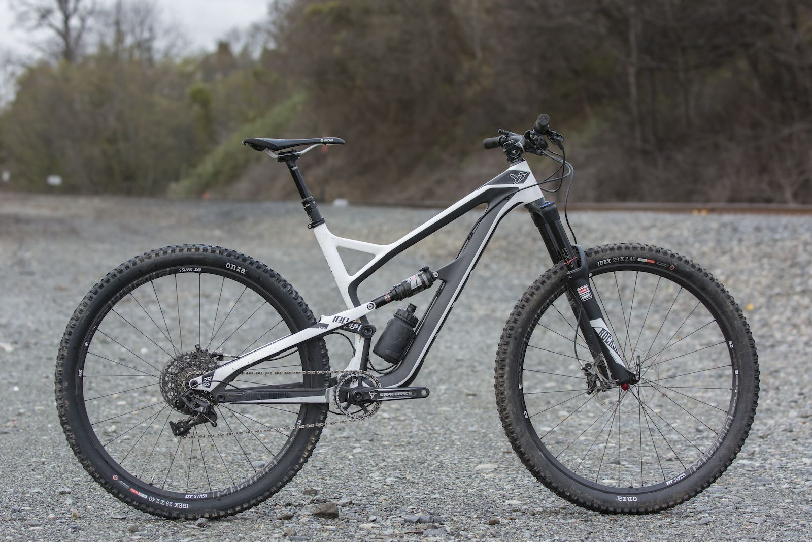 Yt Jeffsy Cf Comp 1 Review Bike Reviews Bike Buy Bike