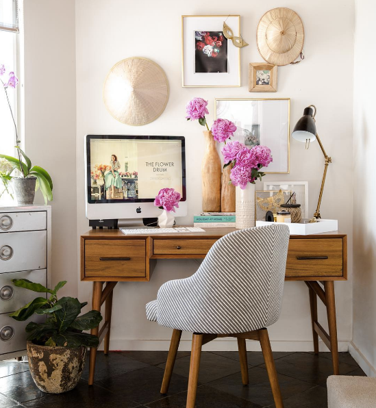 Best Home Office Decorating Ideas On Instagram | Domino