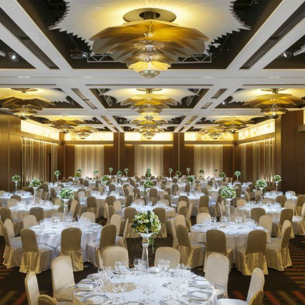 Order Of Speeches At A Wedding: Planning The Order Of The Wedding Speeches And Toasts