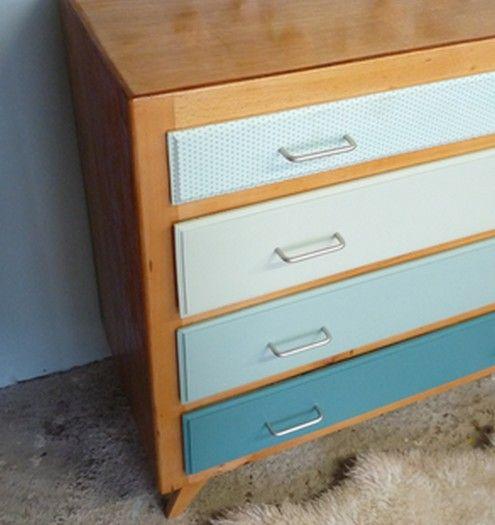Commode vintage en dégradé de vert Jean - Meubles et mobilier