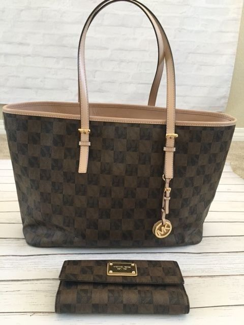Michael Kors Jet Set Checkerboard Large  7b758fa0df5ee