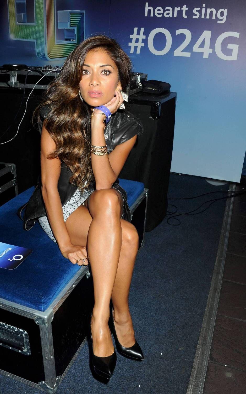 Nicole Scherzinger Thong Nicole Scherzinger Hot Upskirt Candids Pics