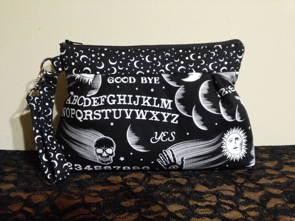 *April Purselette* Ouija, #handmade #handmadebags #skullbags #macabrebags #skulls #macabre #witchybags #witchy #ouija