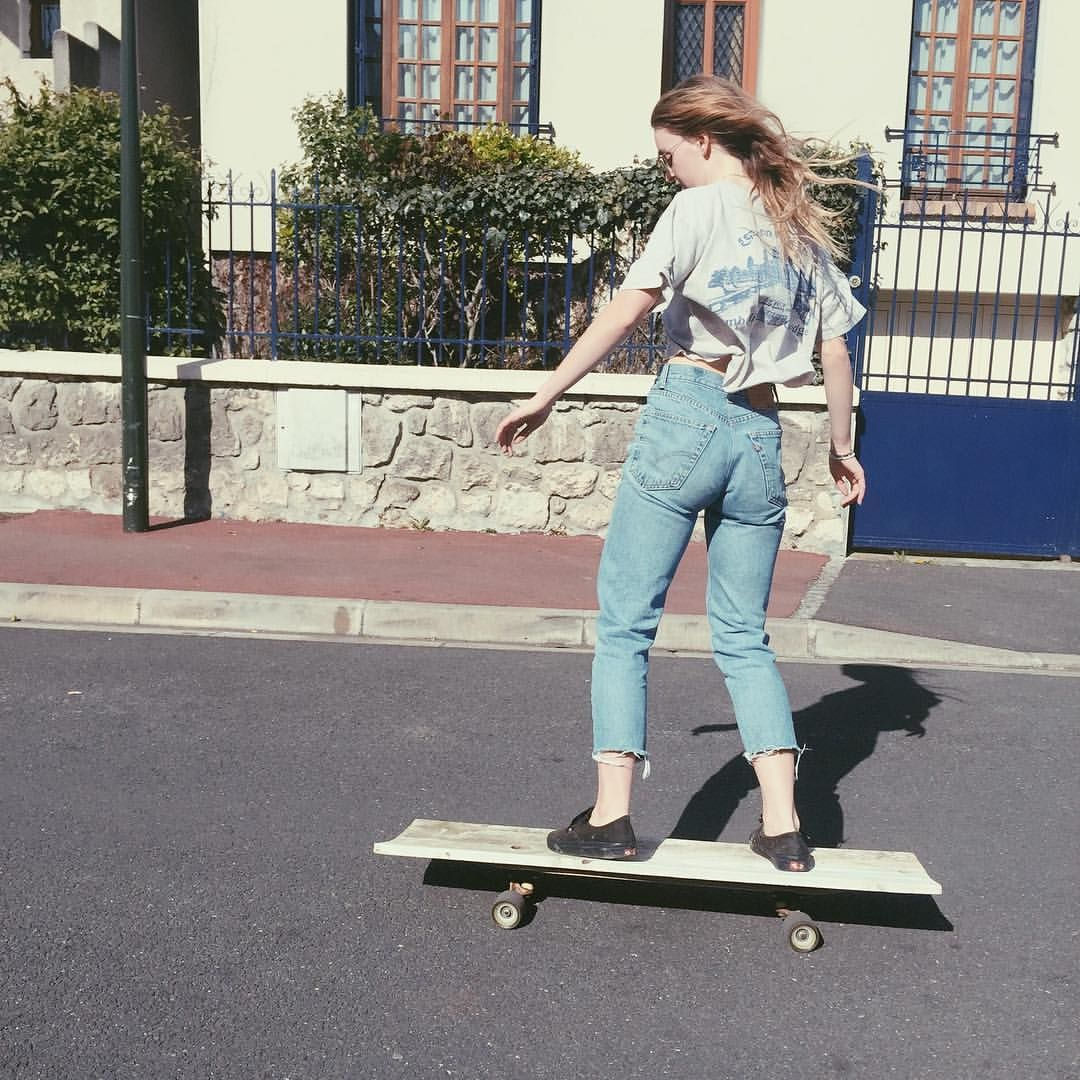 Chica Handstand Longboard Skater Chick Meme Wwwmiifotoscom
