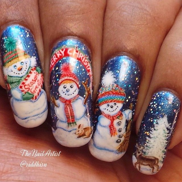 Christmas nail art 28 festive designs to put you in the holiday christmas nail art 28 festive designs to put you in the holiday spirit prinsesfo Images
