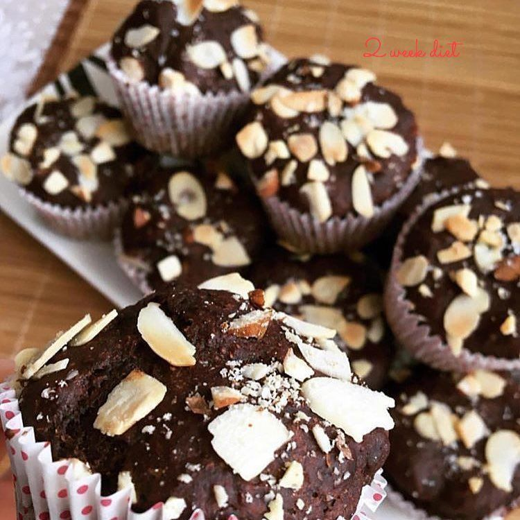 Delicious chocolate and coconut protein cupcakes! These are really great if you need an afternoon sn...