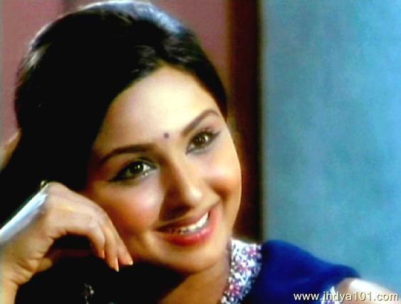 leena chandavarkar latest photos