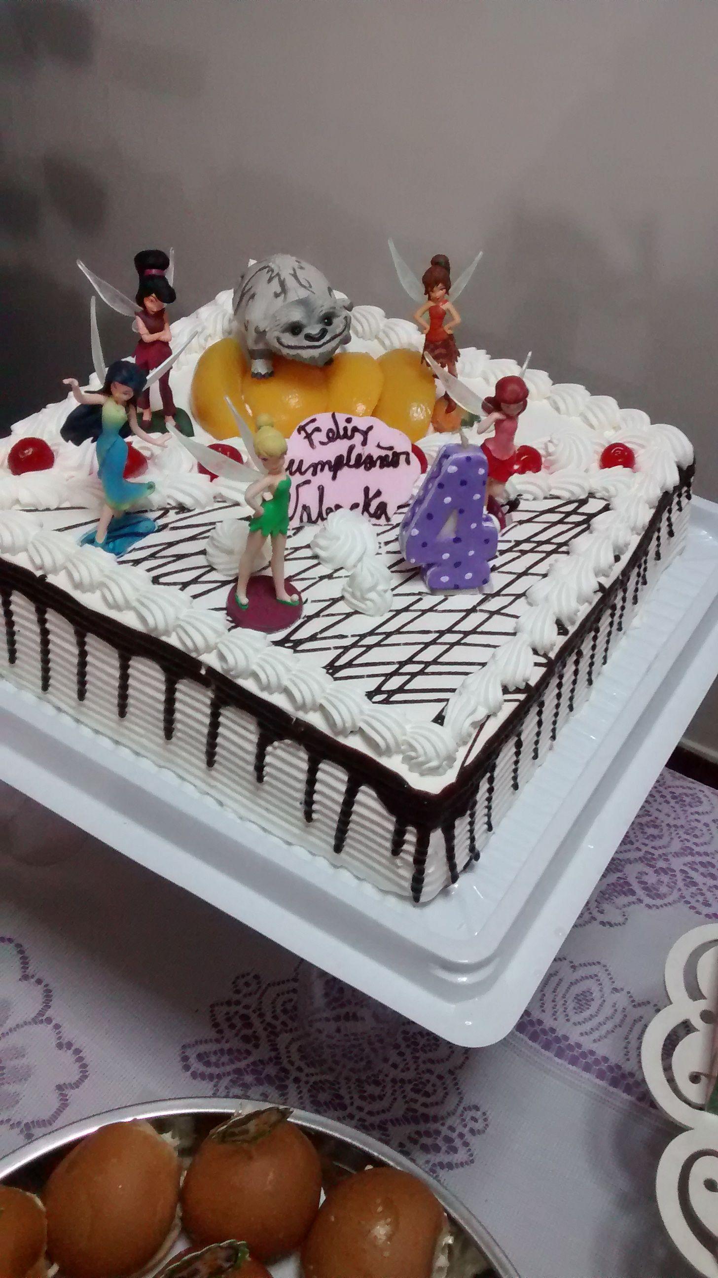La Torta Tinkerbell y sus amigas, no es necesario gastar mucho para tener una…