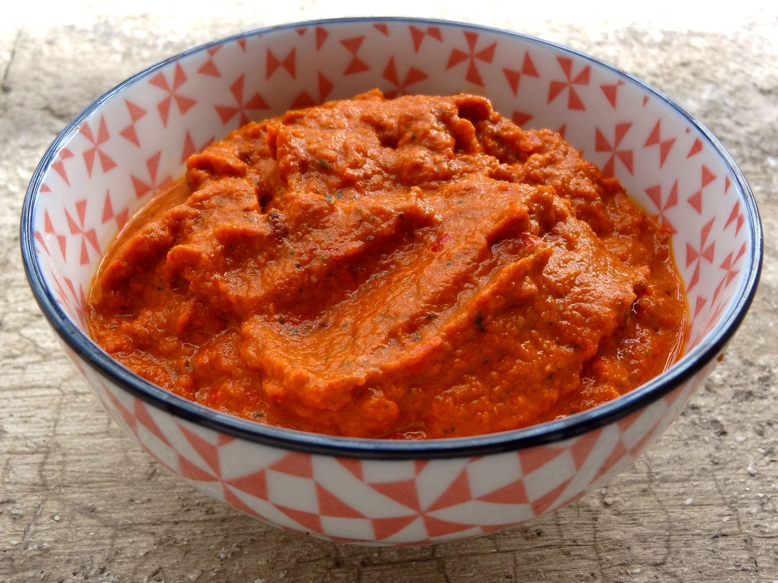 La recette simple et assez rapide de la p¢te de curry rouge tha¯ un