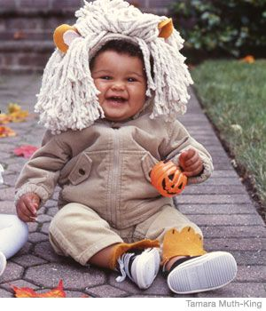 20 Easy Homemade Halloween Costumes for Babies  sc 1 st  Pinterest & 20+ Easy Homemade Halloween Costumes for Babies | Easy homemade ...