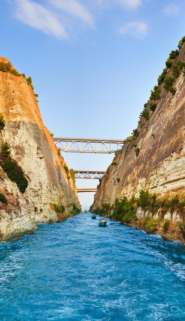 Corinth Canal Greece httpwwwmediteraniquecomhotelsgreece
