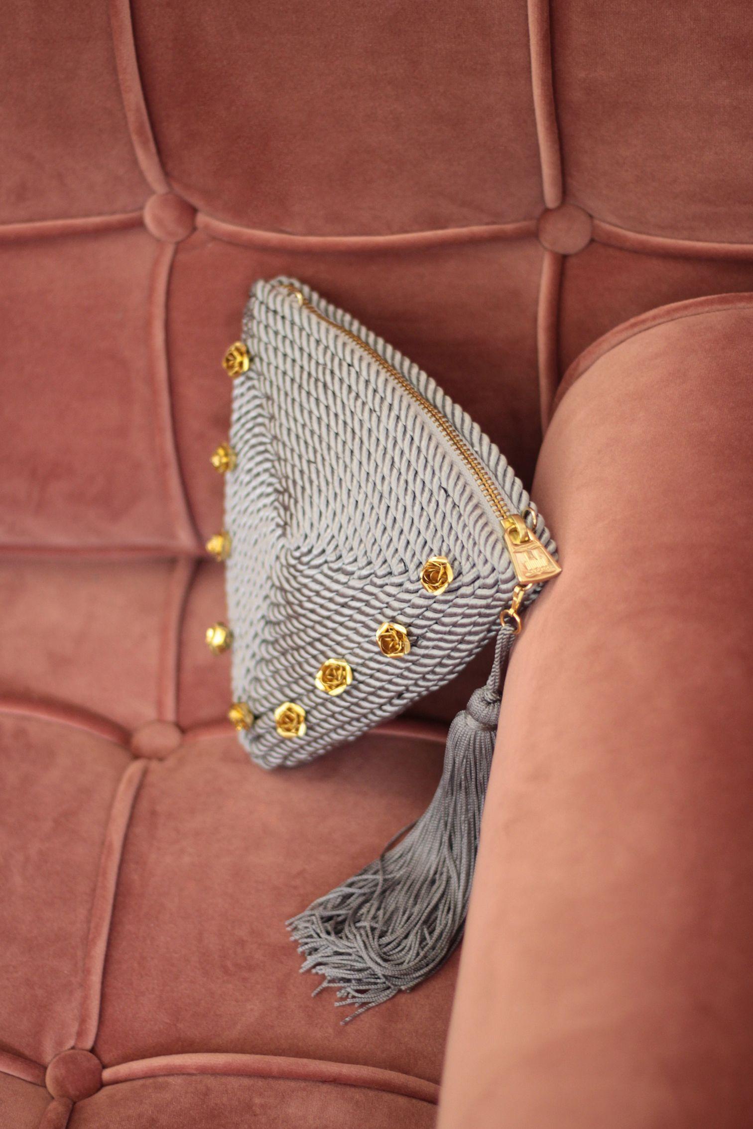 5d98d47fa Bolso/cartera de fiesta Alejandra *ROSES* | Cordón de seda y rosas de latón  | diseño de Olvido Madrid