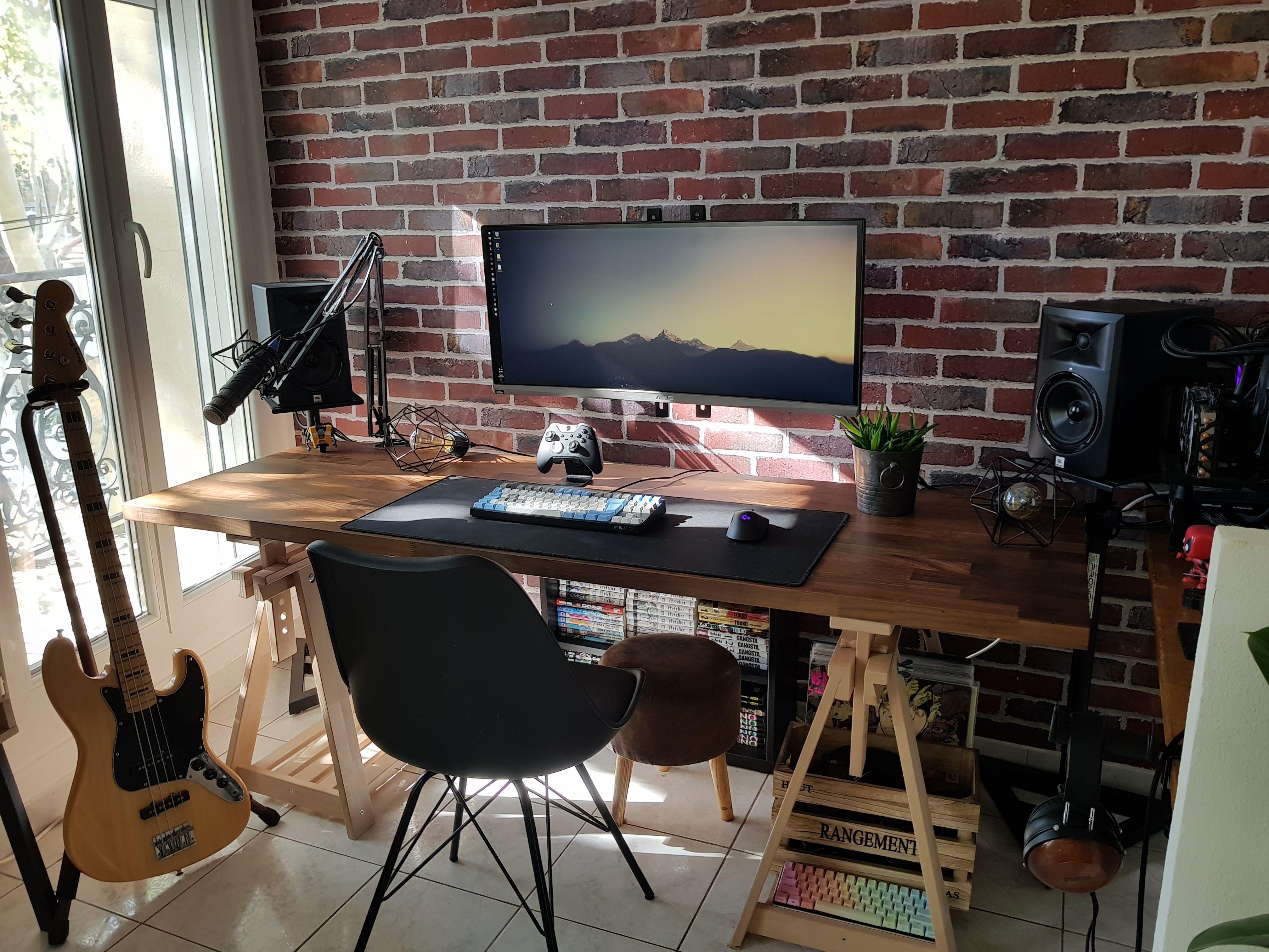 Living Room Battlestation Done Album On Imgur Home Office Setup Room Setup Gaming Room Setup