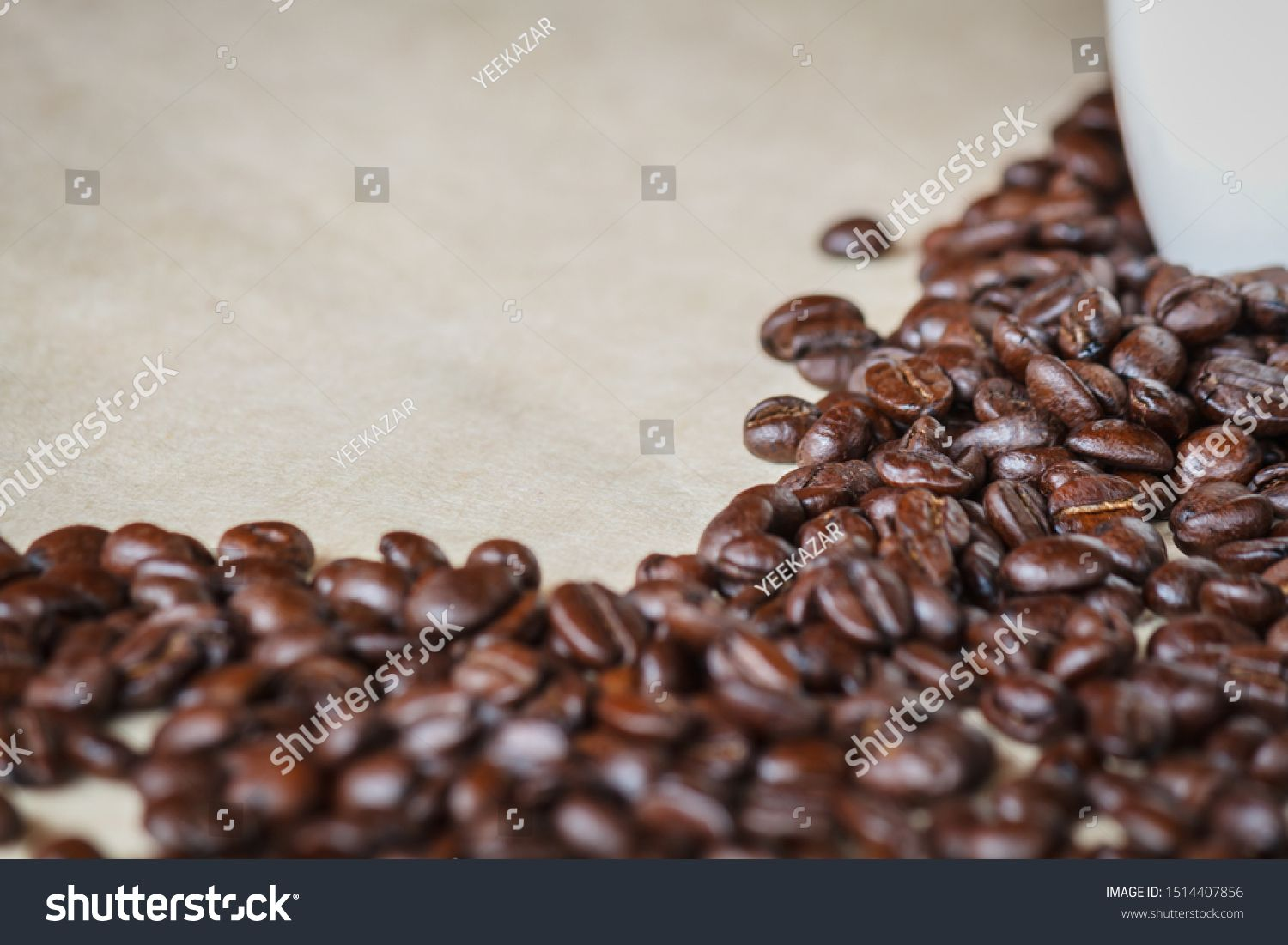 Close Up Of Roasted Black Coffee Beans Ad Paid Roasted Close Black Beans In 2020 Black Coffee Coffee Beans Beans