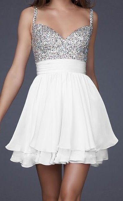 I'm in love with the sparkly bodice of this dress.