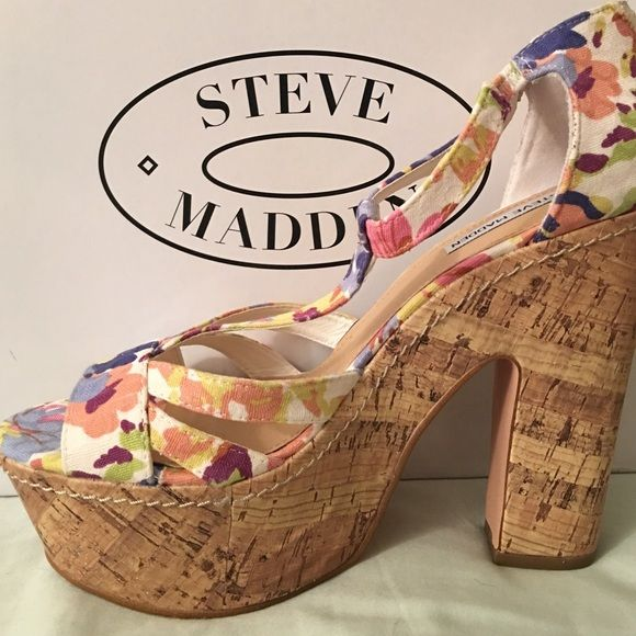 Steve Madden Summer Platform Heels Adorable Floral Steve Madden Platform Heels. These are great for summer. They are super cute and fun! They have a canvas fabric on top and cork heel and platform and a cute zipper in the back. They were only worn once for a photoshoot and then stored in the box! Steve Madden Shoes Heels