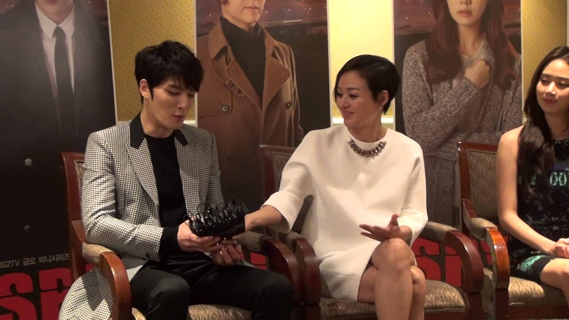 김재중을 칭찬하는 엄마 배종옥(KBS 스파이)