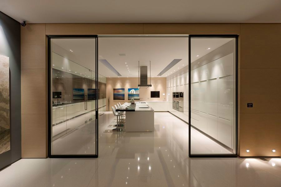 Welcome To The Glass Pavilion, An Ultramodern House Located In Santa  Barbara, California. Architect Steve Hermann Originally Built The House For  Himself, ...