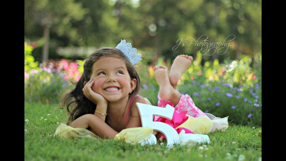 5 Year Old Photo Shoot Photography Princess Summer Kids Birthday Pictures Birthday Photoshoot Girl Photo Shoots