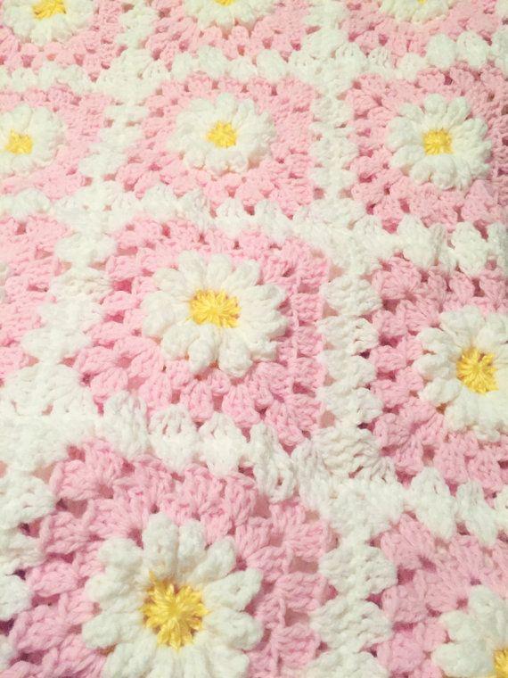 Daisy-Baby-Decke - Oma Quadrat häkeln.-GRÖßE- Ungefähre Abmessungen ...