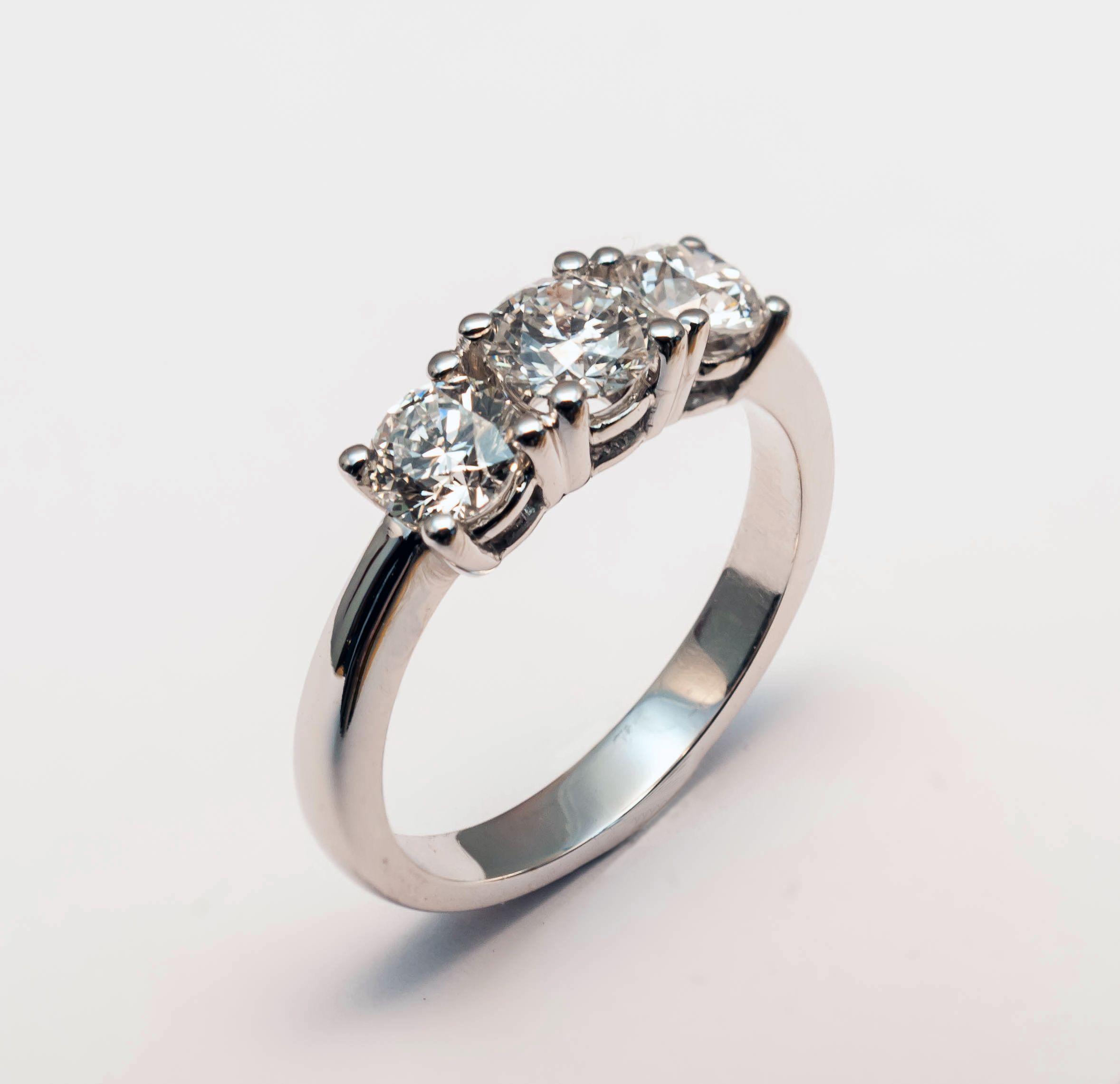 ae18a95bc15c Trinity Diamond.  JordanJoyeros  fabricantes  diseño  joyeria  design   jewelry