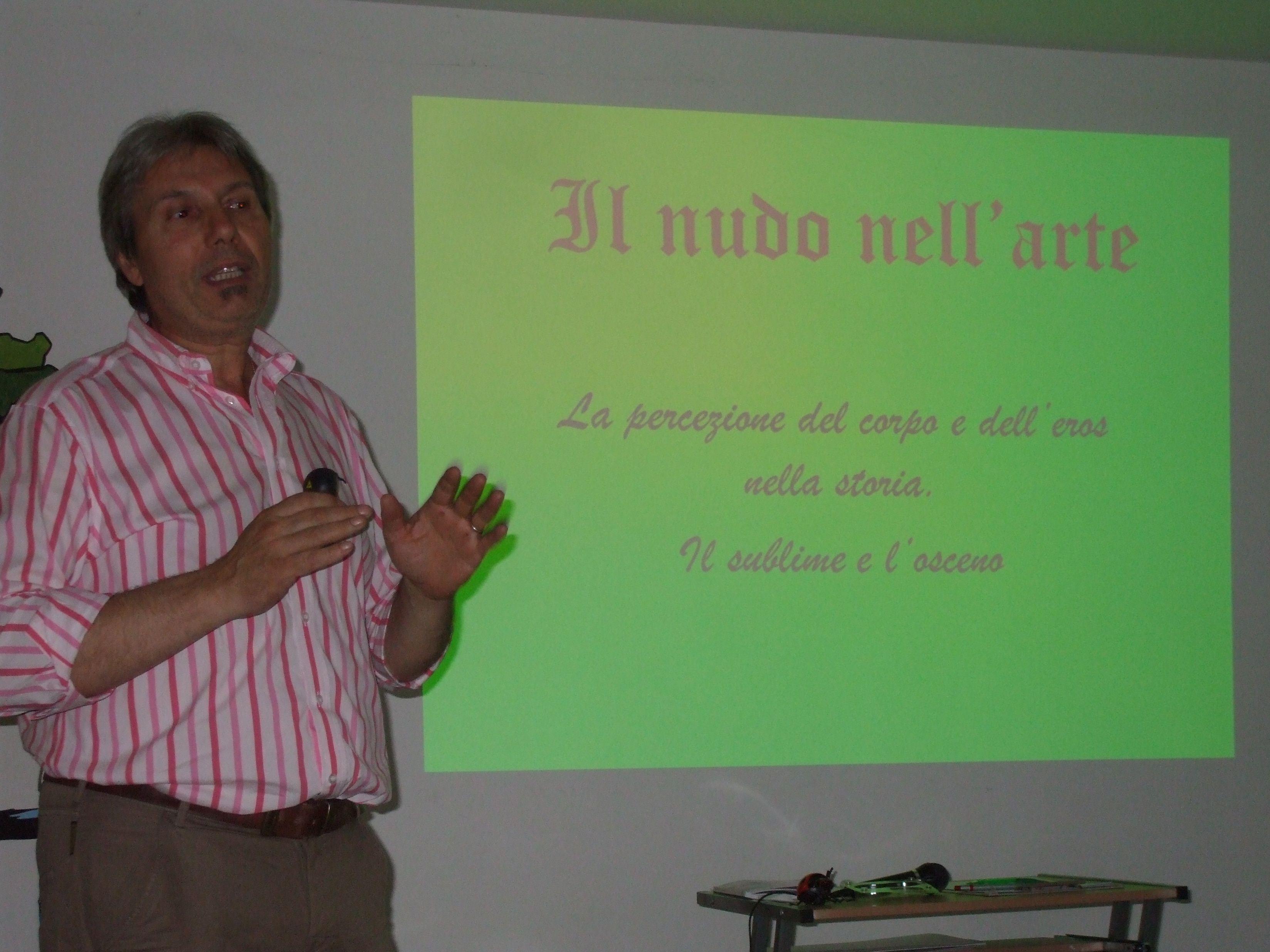 """21 giugno 2012 - Presentazione del libro """"Il nudo nell'arte"""" di F. Ricci, organizzata presso l'Accademia Kronos di Ronciglione.  http://www.facebook.com/media/set/?set=a.399701206732826.81121.100000788499033=3"""
