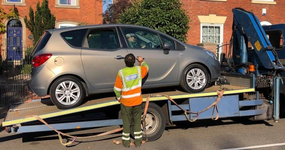 Trade to Trade Vauxhall Meriva sale here being delivered