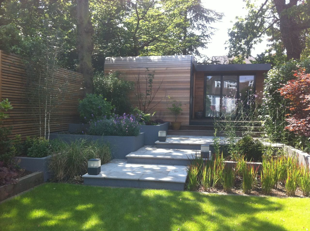 Western red cedar cladding and horizontal slatted screen for Horizontal garden screening