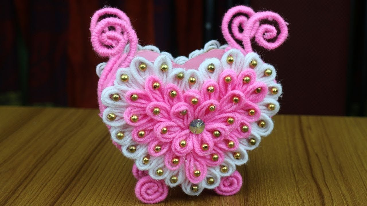 Amazing Woolen Design For Home Decor Woolen Craft Idea Best Reuse Woolen Craft Reuse Ideas Diy Arts And Crafts