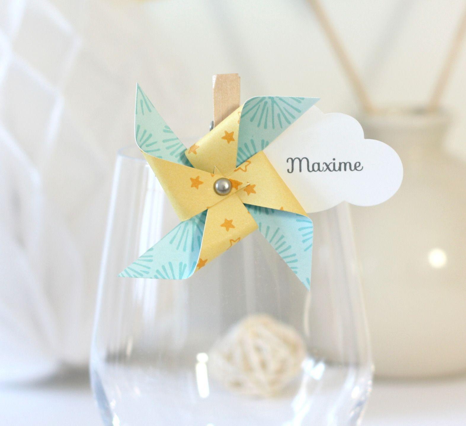 Marque place moulin vent et nuage sur petite pince linge coloris jaune et bleu faire part - Pince a linge mariage ...