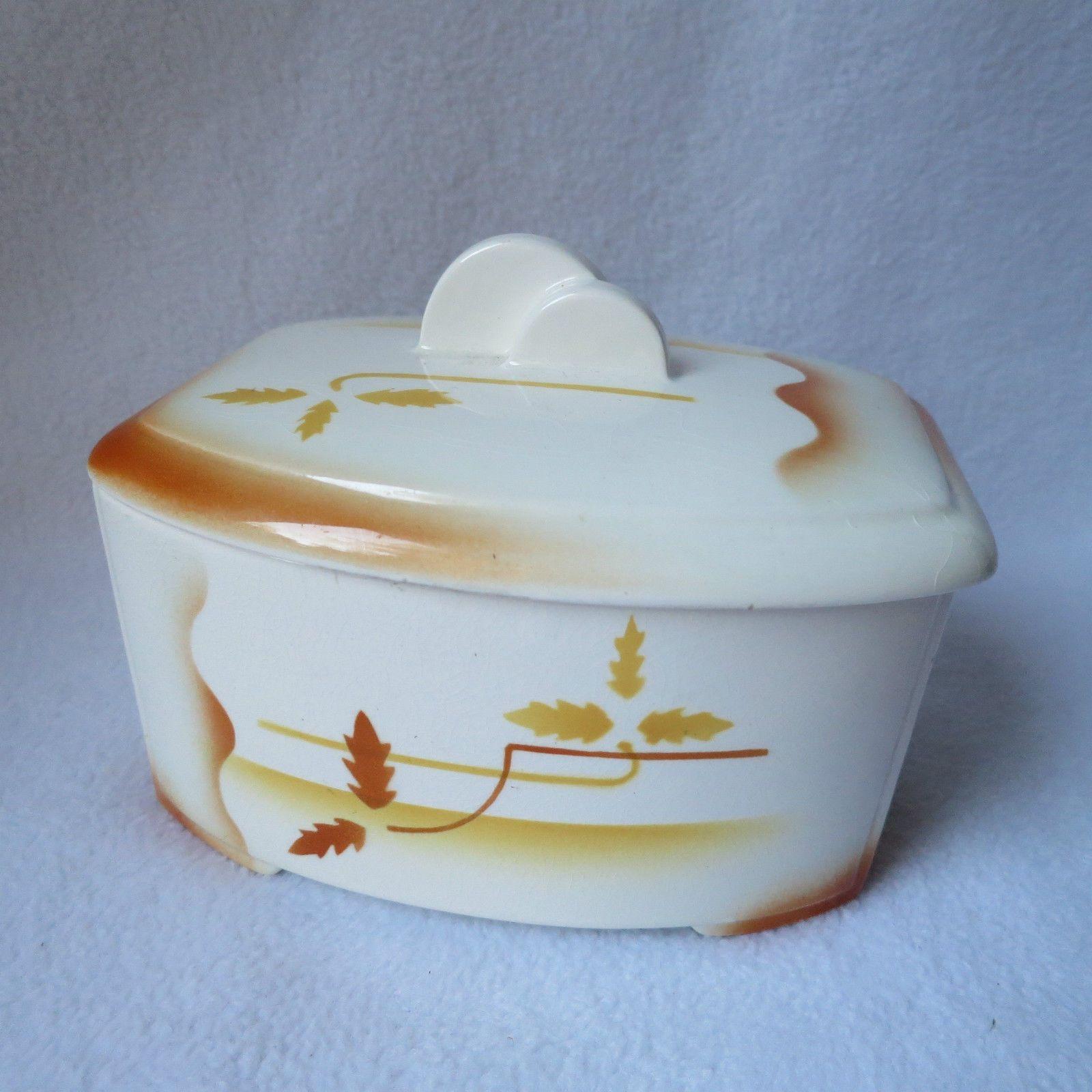 max roesler alte keramik deckeldose keramikdose dose mit deckel spritzdekor rar ceramiche. Black Bedroom Furniture Sets. Home Design Ideas