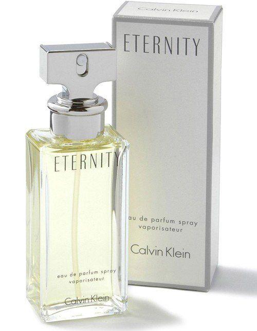 9e4ff6eb98c Conheça a lista dos dez perfumes femininos mais vendidos do mundo. Saiba  também as notas de cabeça