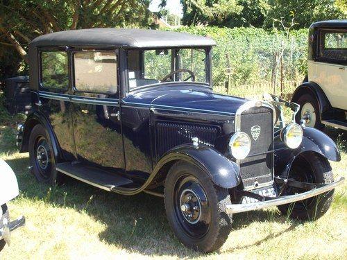 locations de voitures anciennes facebook pinterest location de voiture voitures anciennes. Black Bedroom Furniture Sets. Home Design Ideas