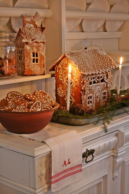Lovely icing-only gingerbread houses. I like the reindeer on the rooftop of the one in the back.