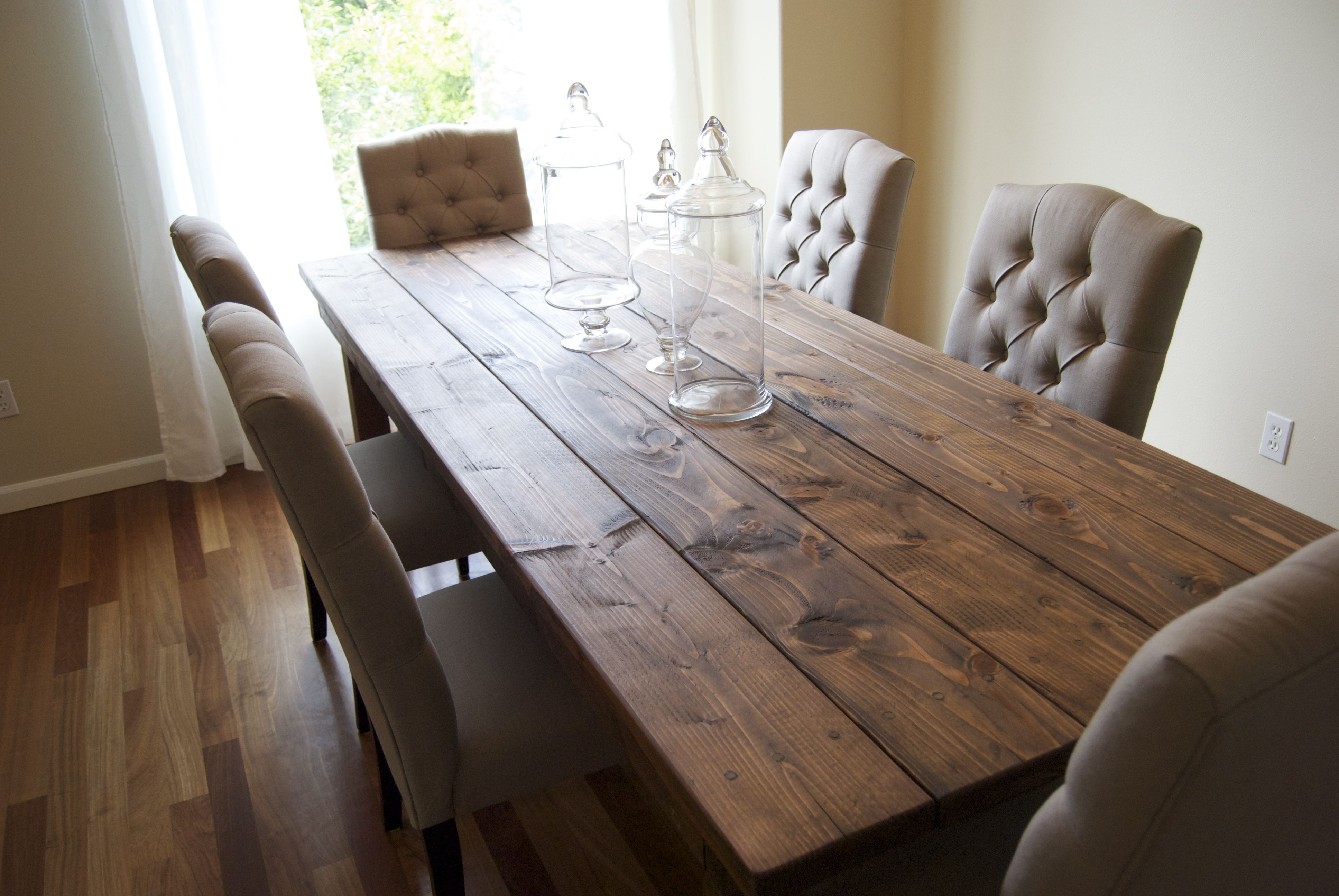 Interior , Cozy Rustic Farmhouse Table : Cozy Sofa With