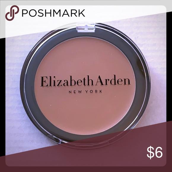 Elizabeth Arden Cream Makeup New Brand New flawless finish