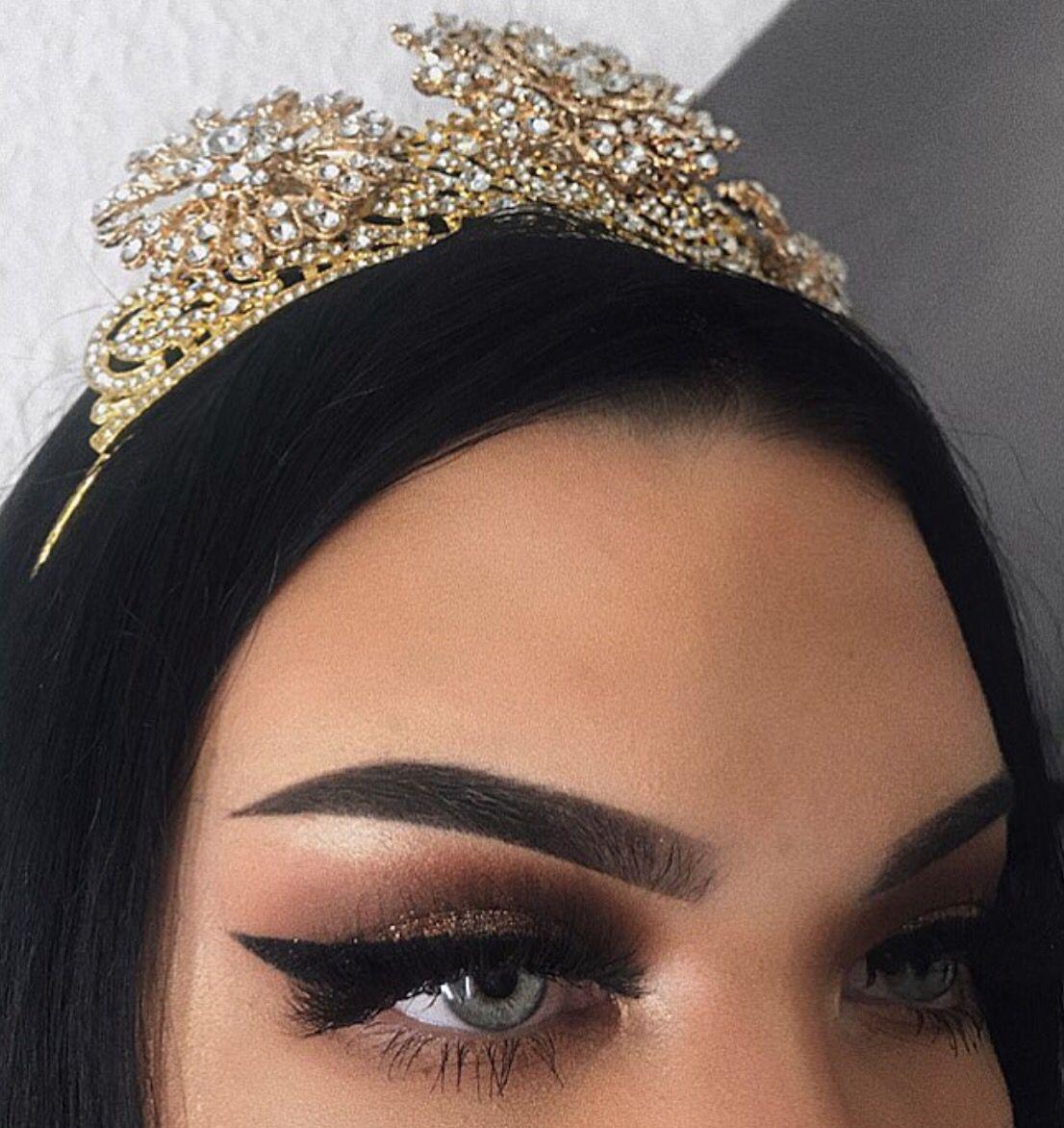 ᵛᴬᴿᵀᴬᴾ Makeup looks for green eyes, Stunning makeup, New