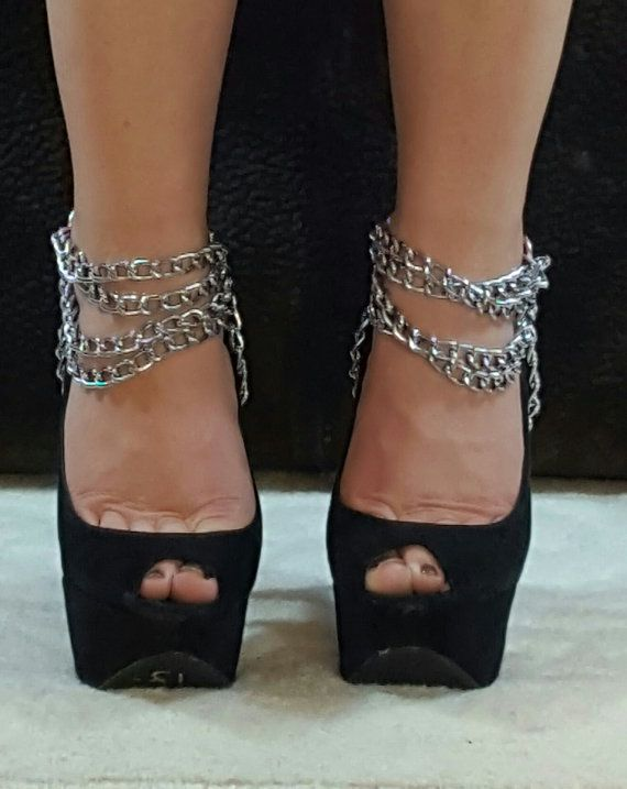 Suggest Bdsm shoe lock chains casually found