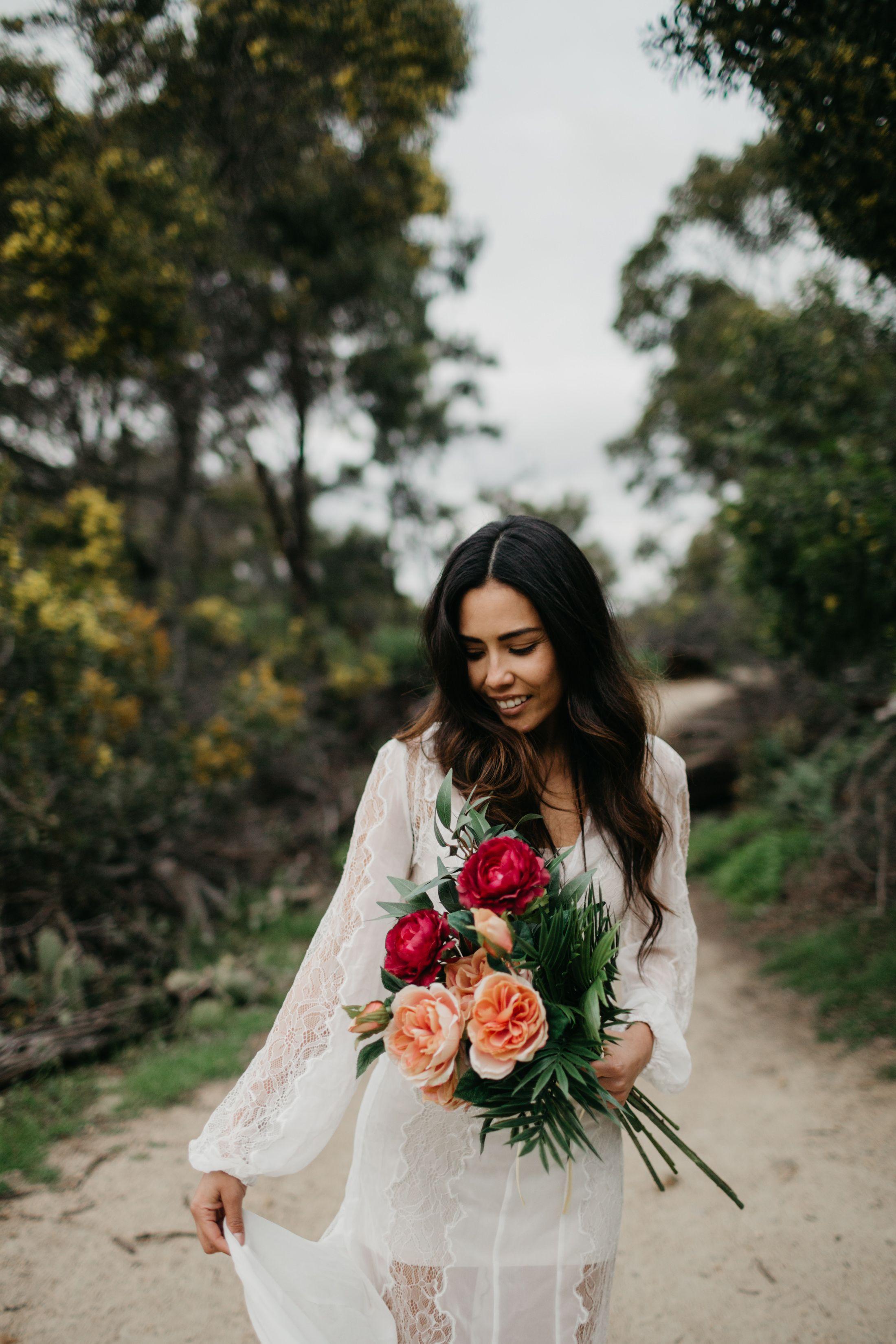 Lagoon San Diego Solana Beach Cardiff San Elijo Engagement Love Shoot Stone Fox Bride - Martina Micko Elopement Photographer