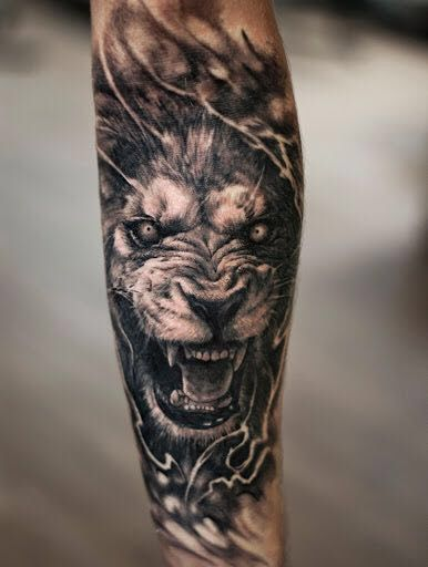 Lion Tattoo Black And White Lion Design Mens Lion Tattoo Lion Forearm Tattoos Lioness Tattoo