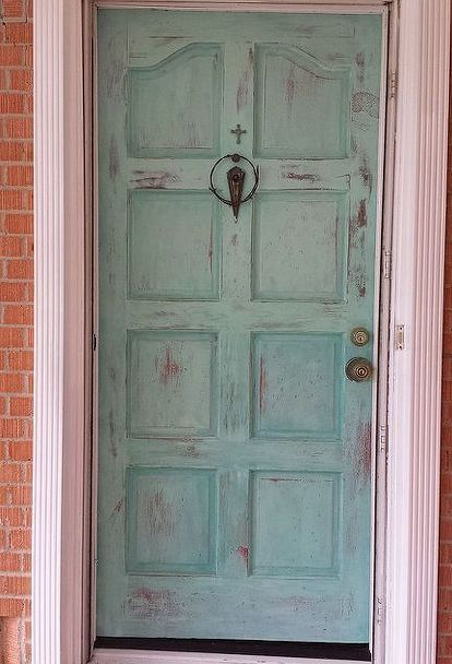 Painted patina front door with annie sloan chalk paint for Chalk paint door