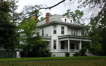 Lo Beele House Wikipedia In 2020 House Historic Homes House Styles