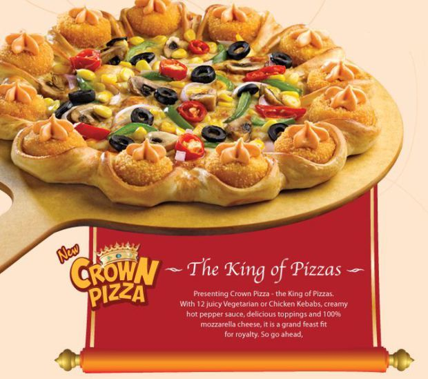 In Canada Pizza Hut Will Put Steak And Chips On Your Pizza No Joke Food Fast Food Items Pizza